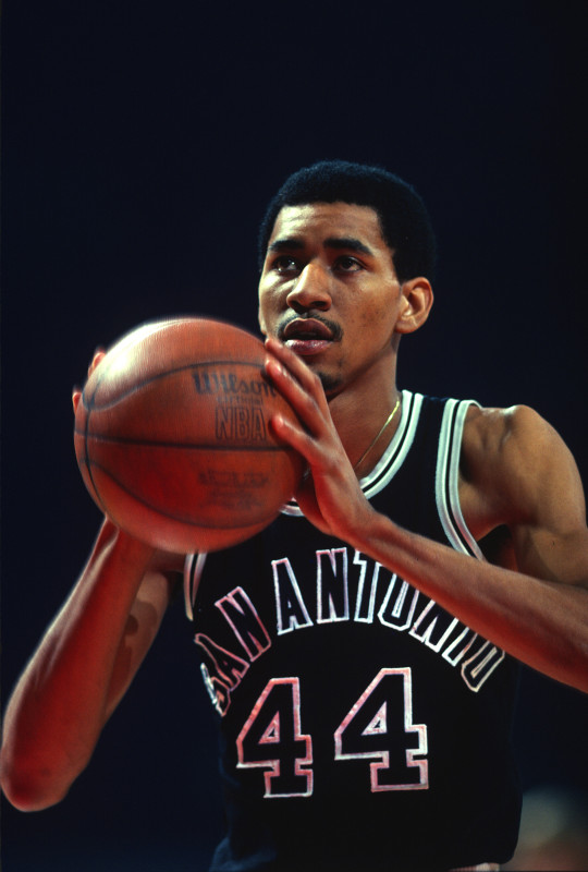 San Antonio Spurs v Washington Bullets